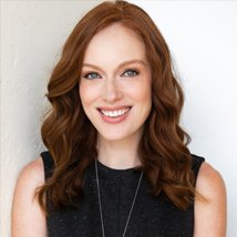 Amelia Forczak Headshot